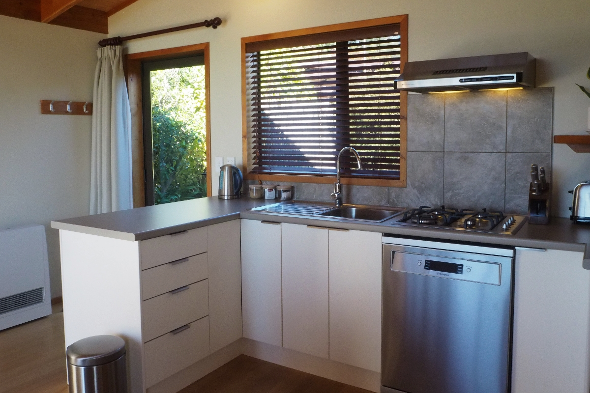 Villa Kitchen | Adrift in Golden Bay